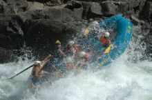 Whitewater Rafting in Wells Gray Park
