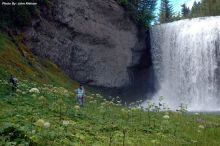 hiking in BC to Waterfalls in Wells Gray Park